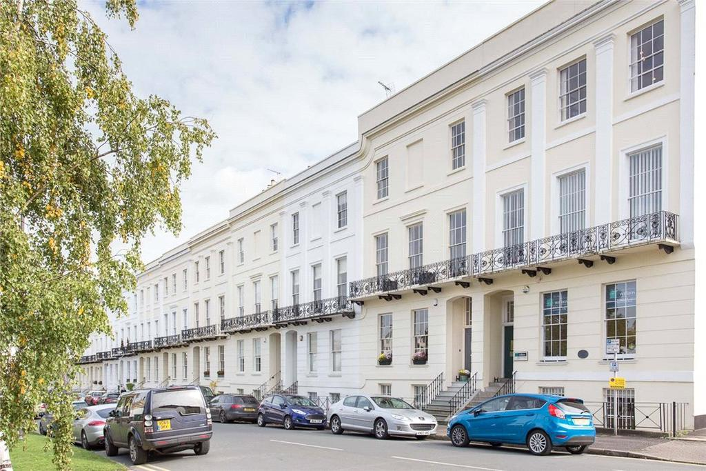 5 Bedrooms Terraced House for sale in Imperial Square, Cheltenham, Gloucestershire, GL50