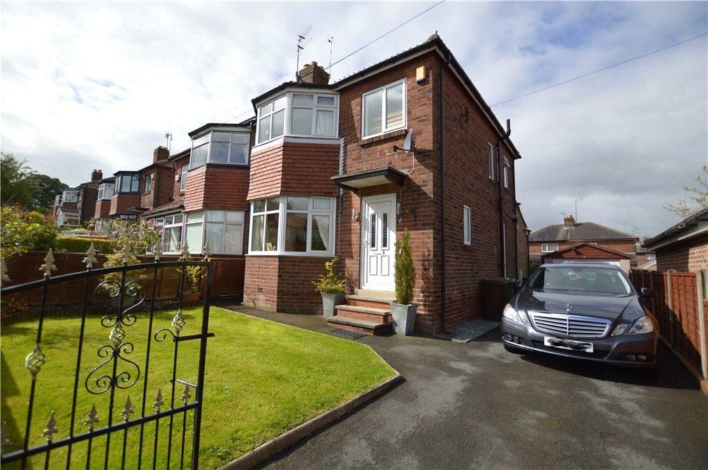 3 Bedrooms Semi Detached House for sale in Hawks Nest Rise, Leeds