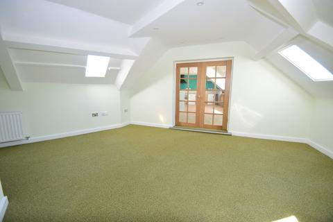 3 bedroom penthouse to rent - PENTHOUSE - Roxburgh Apartments, Whitley Bay, NE26