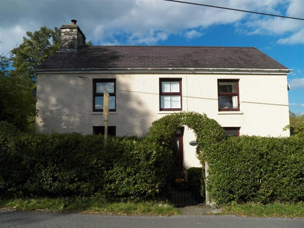 2 Bedrooms Detached House for sale in Pennant, Ceredigion