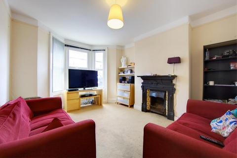 7 bedroom terraced house to rent - Grosvenor Road, Jesmond, NE2