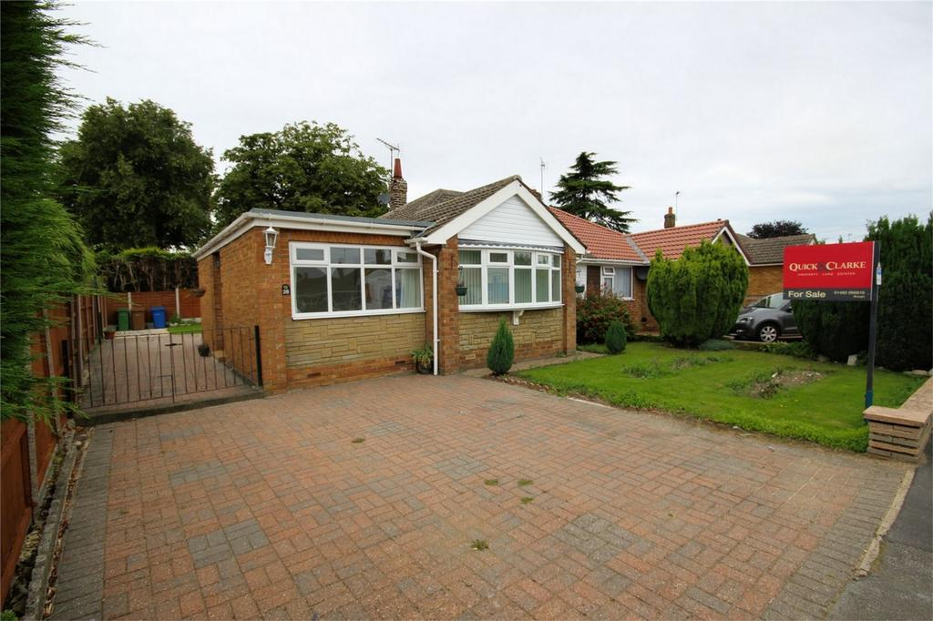 3 Bedrooms Semi Detached Bungalow for sale in Hunter Road, Elloughton, East Riding of Yorkshire