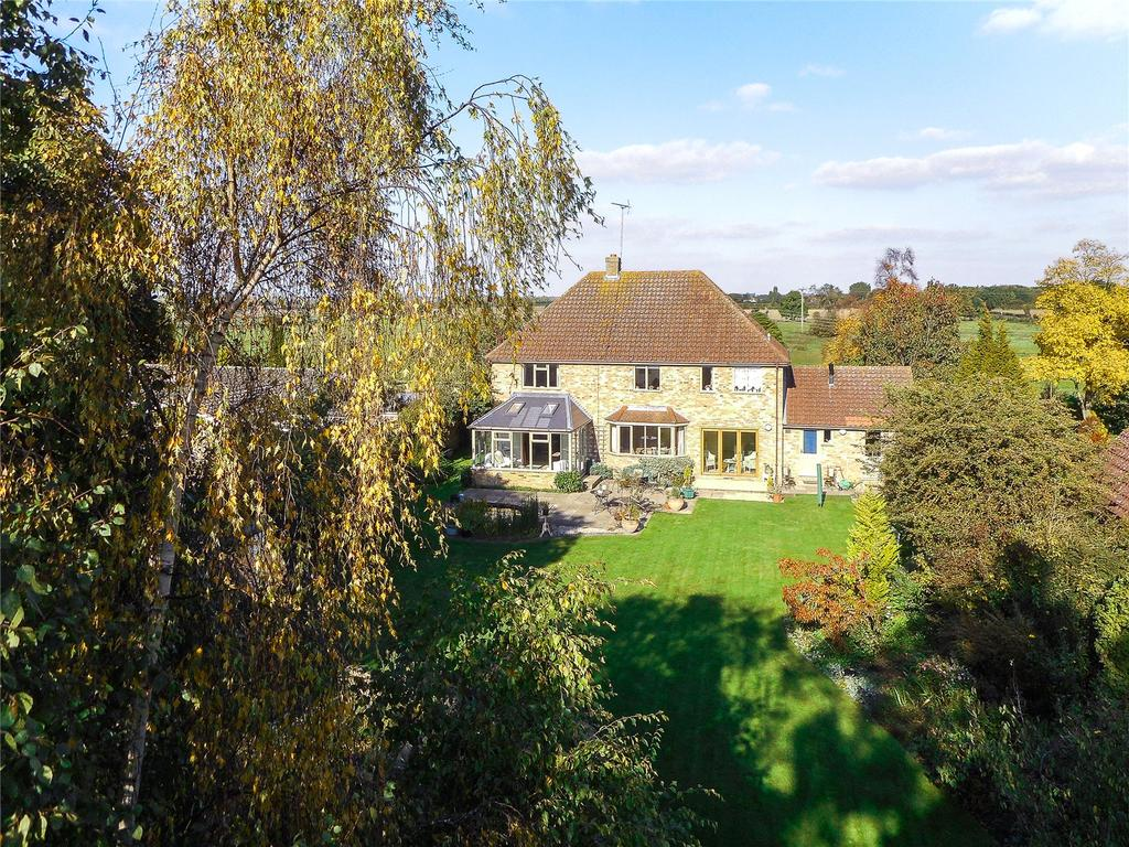 5 Bedrooms Detached House for sale in Holywell, St. Ives, Cambridgeshire