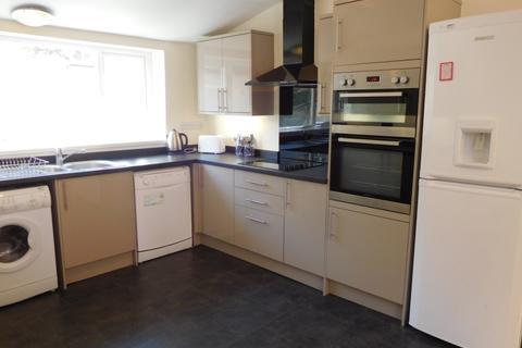 7 bedroom terraced house to rent - St Georges Terrace, Jesmond, Newcastle upon Tyne NE2