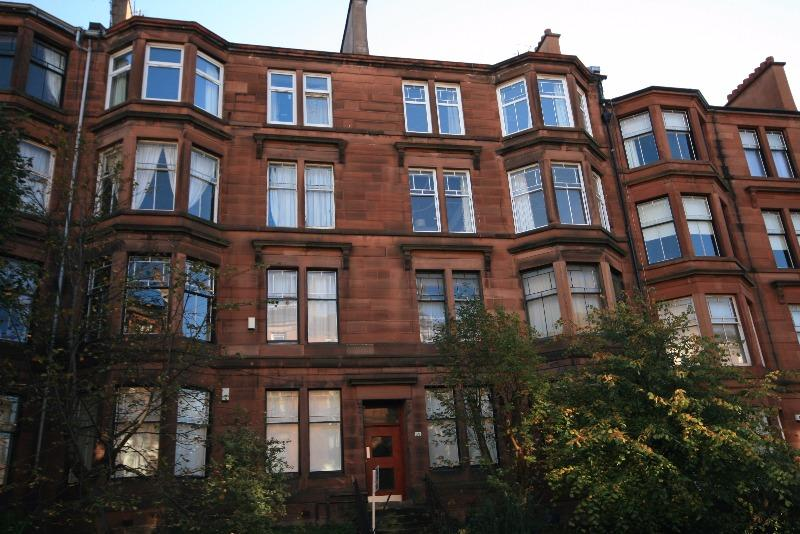 2 Bedrooms Flat for rent in Polwarth Street , Hyndland, Glasgow, G12 9TH