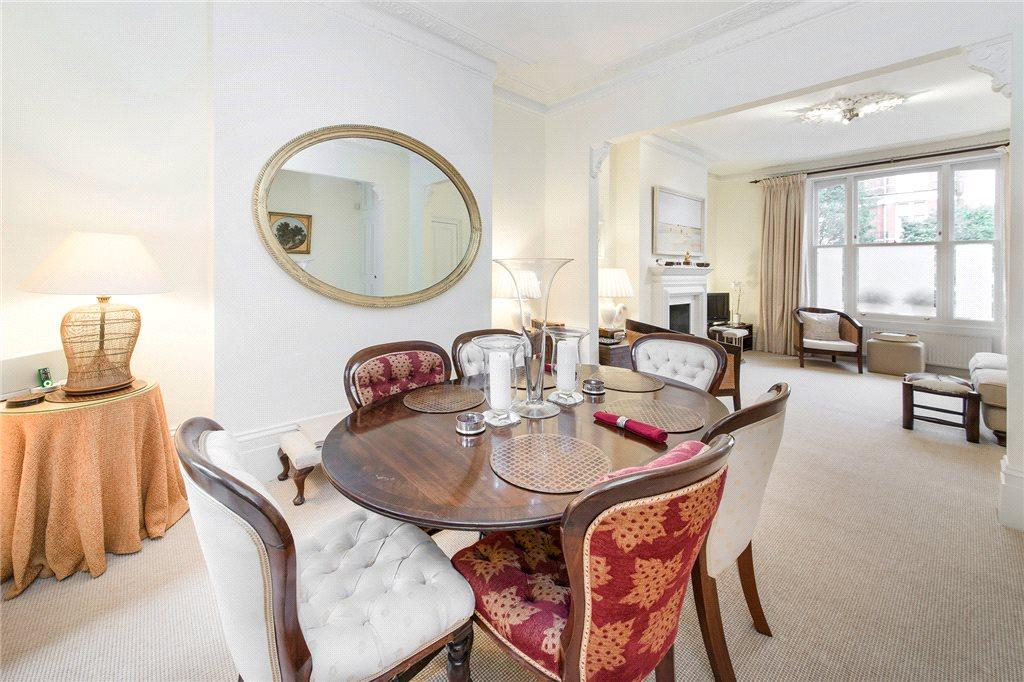 2 Bedrooms Flat for sale in Fernshaw Road, Chelsea, London