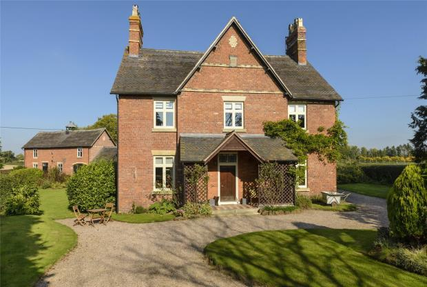 5 Bedrooms Detached House for sale in Manor Farmhouse, Fitz, Shrewsbury, Shropshire