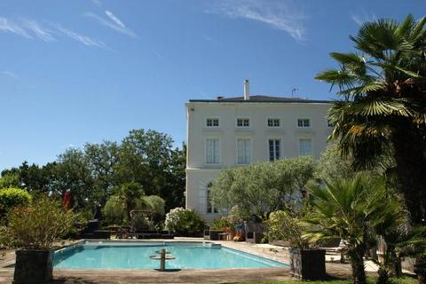 7 bedroom house  - Near Pamiers, Ariege, South Of France