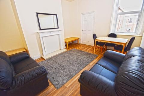 3 bedroom flat to rent - Glenthorn Road, Jesmond, Newcastle Upon Tyne