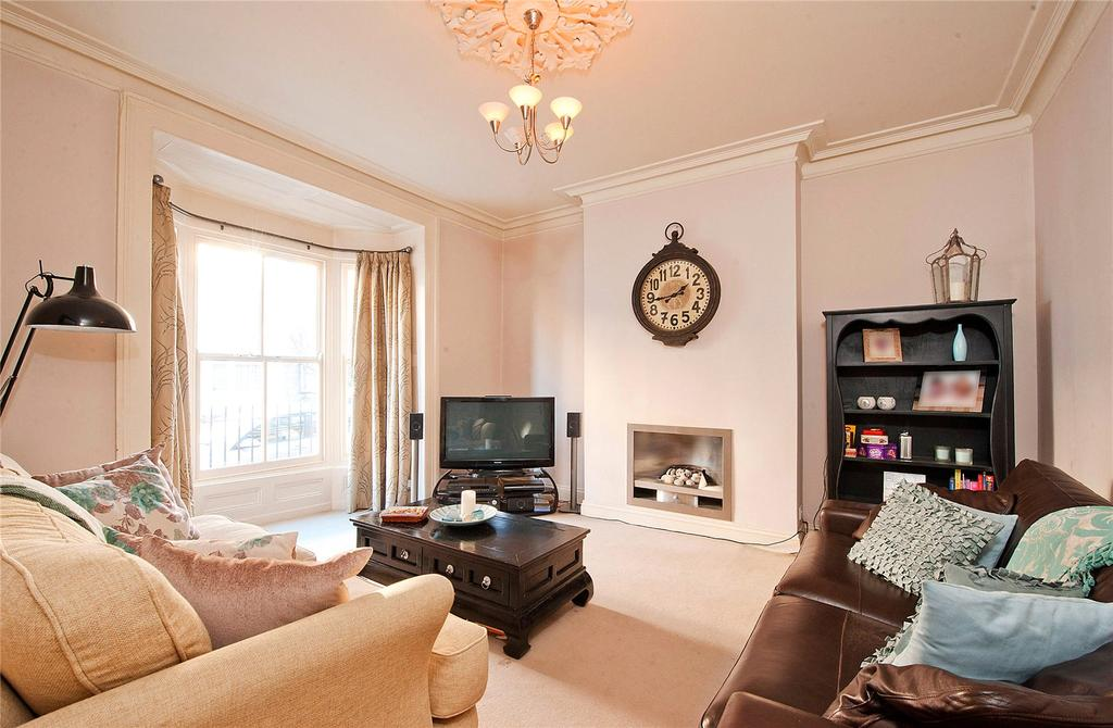 4 Bedrooms Terraced House for sale in East Mount Road, York, YO24