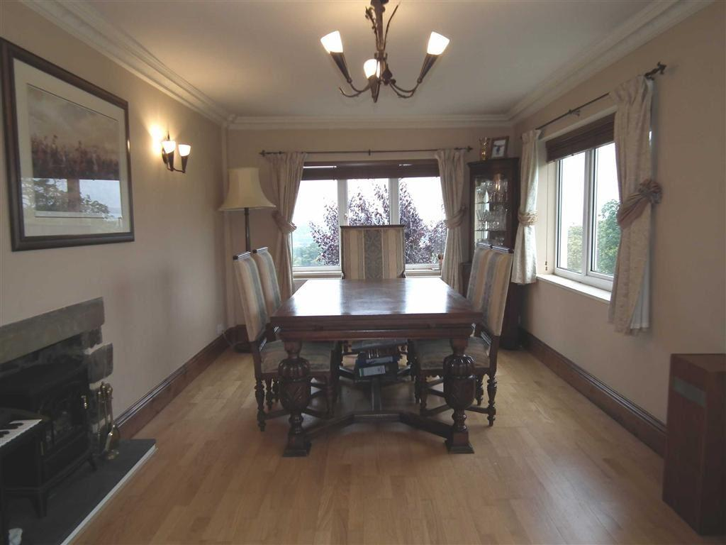 4 Bedrooms Cottage House for sale in Sunnybank Cottages, Roughlee, Lancashire