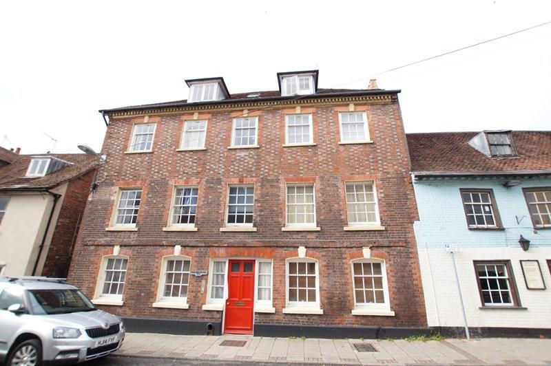 2 Bedrooms Flat for sale in Salisbury Street, Blandford Forum