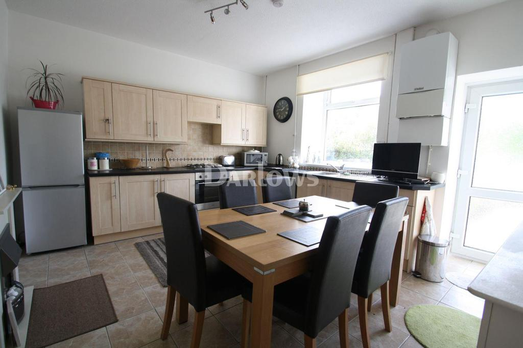 3 Bedrooms Terraced House for sale in Trealaw Road, trealaw