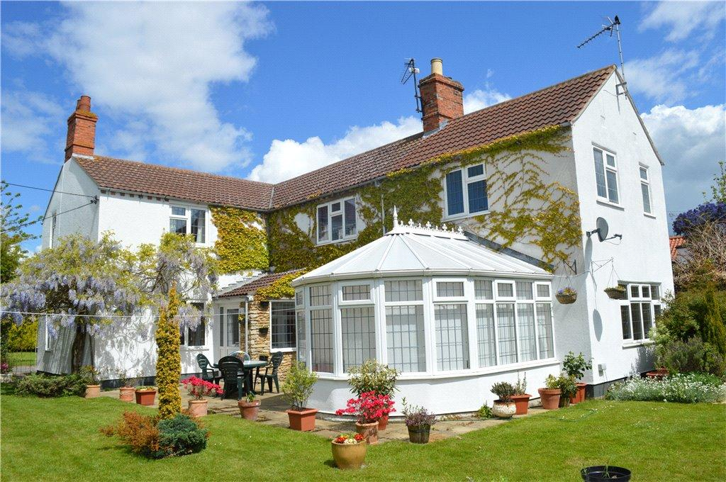 4 Bedrooms Detached House for sale in Chapel Street, Ruskington, NG34