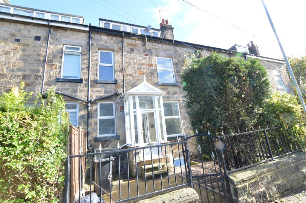 3 Bedrooms Terraced House for sale in Wellington Terrace, Bramley, Leeds