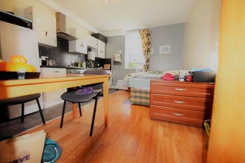 1 bedroom apartment to rent - Midland Road