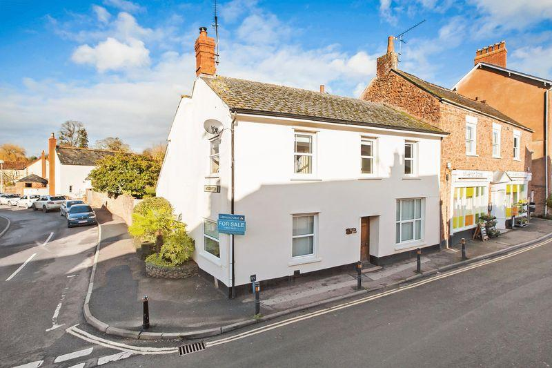 4 Bedrooms End Of Terrace House for sale in Sand Street, Milverton
