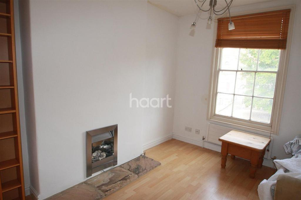 2 Bedrooms Flat for sale in Park Street, Taunton