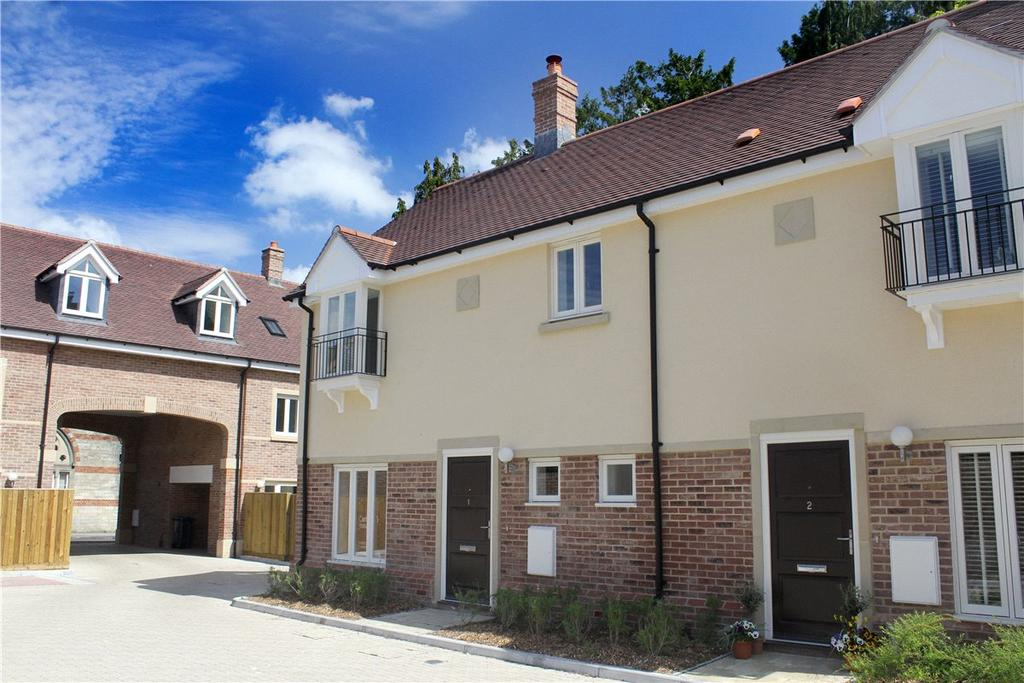 2 Bedrooms Semi Detached House for sale in Dewey Mews, River Street, Pewsey, SN9