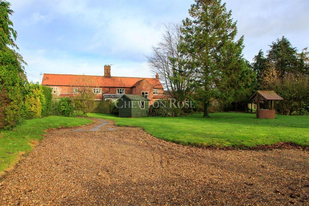 4 Bedrooms Cottage House for sale in Mid Norfolk