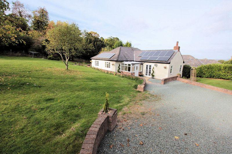 3 Bedrooms Detached Bungalow for sale in Trefnant, Denbigh