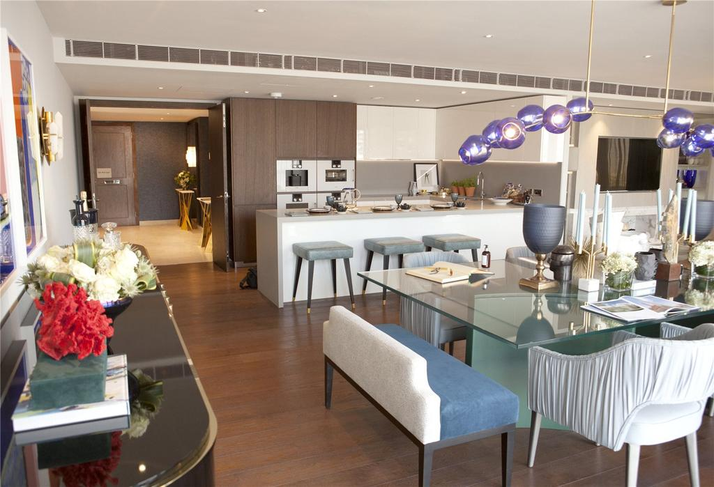 3 Bedrooms Flat for sale in Chelsea Waterfront, Lots Road, Chelsea, London, SW10