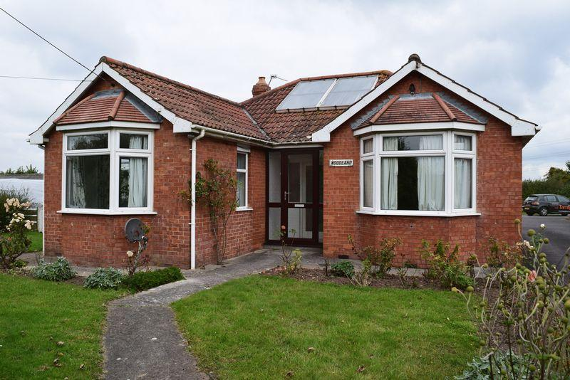 3 Bedrooms Detached Bungalow for rent in Chedzoy Lane, Bridgwater