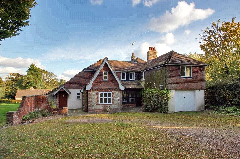 4 Bedrooms Detached House for sale in Hatham Green Lane, Stansted, Sevenoaks, Kent