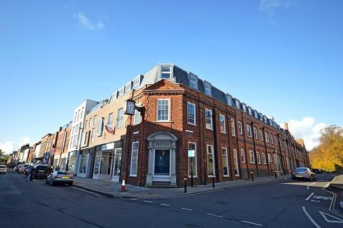 1 bedroom flat to rent - Shippam House, East Walls, Chichester, PO19