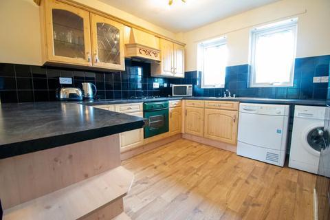 2 bedroom flat to rent - Brandling Court, Jesmond, Newcastle Upon Tyne