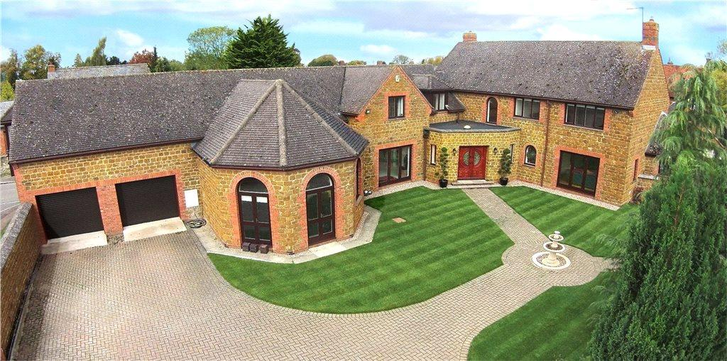 5 Bedrooms Detached House for sale in Churchfields, Staverton, Daventry, Northamptonshire