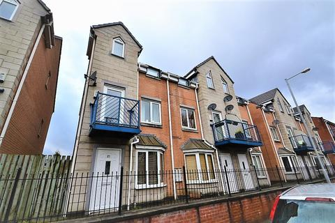 4 bedroom townhouse to rent - Dearden Street, Hulme, Manchester. M15 5LZ