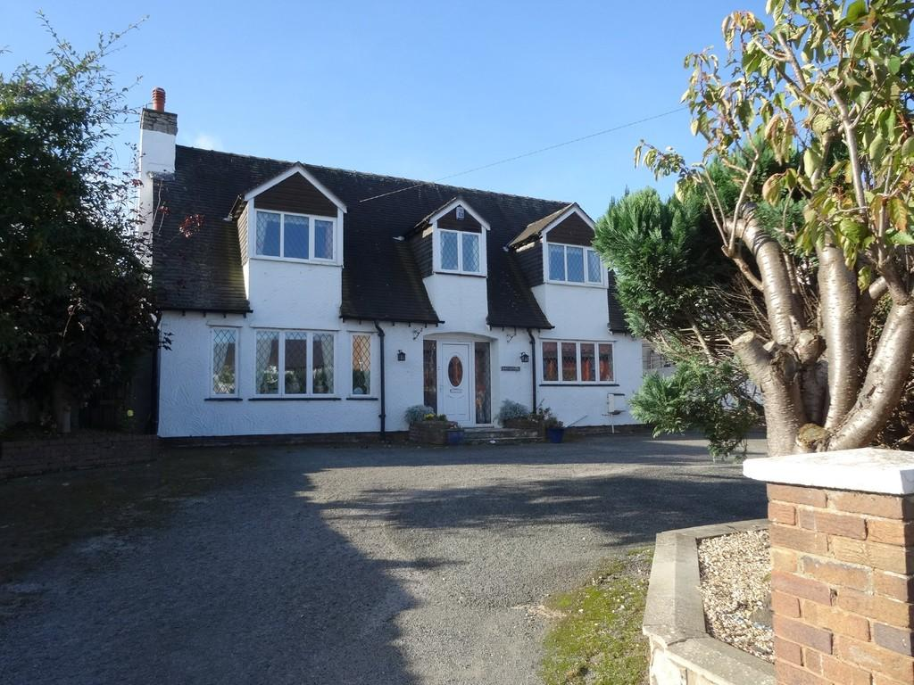 3 Bedrooms Cottage House for sale in Princes Road, Rhuddlan