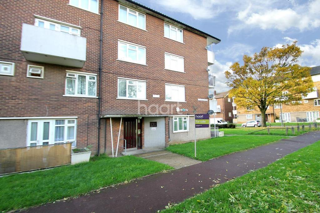 2 Bedrooms Flat for sale in Bagleys Springs, Chadwell Heath