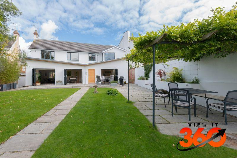 5 Bedrooms Detached House for sale in Baring Crescent, Exeter