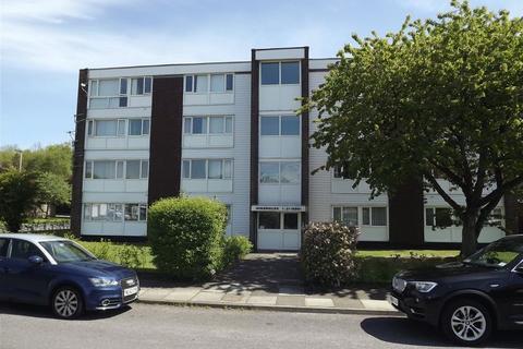 2 bedroom flat to rent - Winshields, Cramlington - Two Bed Second Floor Flat