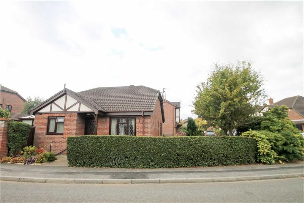 2 Bedrooms Detached Bungalow for sale in Barnside Way, Moulton