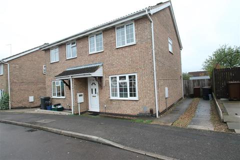 3 bedroom semi-detached house to rent - East Rising