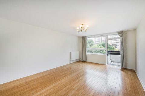 2 bedroom flat to rent - Napier Court, Fulham, London, SW6