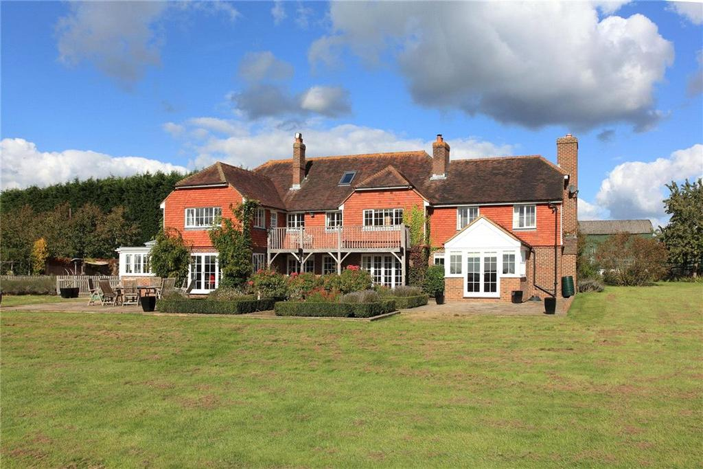 8 Bedrooms Farm House Character Property for sale in Rye Road, Boxhurst, Sandhurst, Cranbrook, Kent, TN18