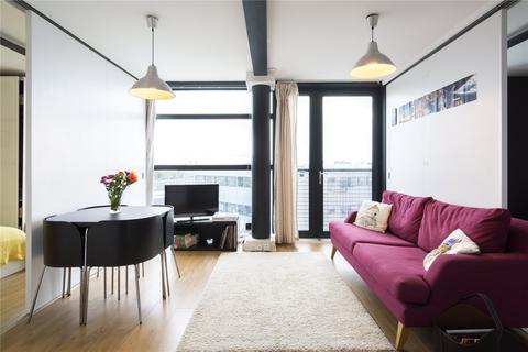 3 bedroom flat to rent - Hallings Wharf Studios, 1 Channelsea Road, London, E15