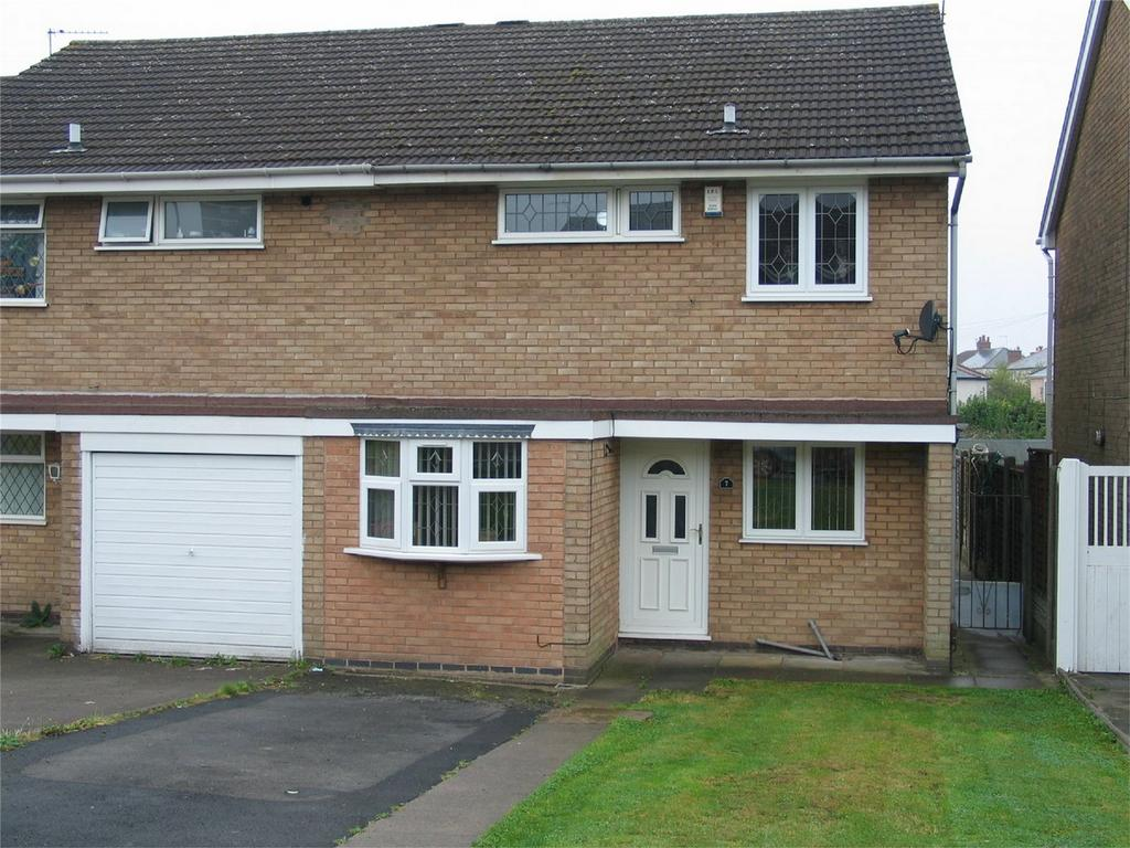 3 Bedrooms Semi Detached House for sale in Lancaster Road, BRIERLEY HILL, West Midlands
