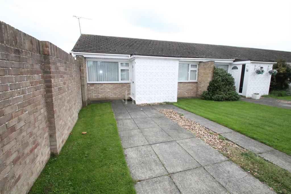 2 Bedrooms Bungalow for sale in The Goslings, Shoeburyness