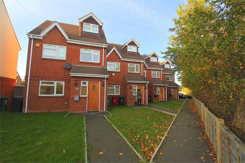 3 bedroom end of terrace house to rent - Sutton Lane, Langley, Berkshire
