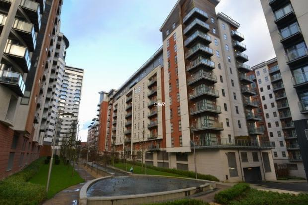 2 Bedrooms Apartment Flat for rent in Barton Place, Hornbeam Way Manchester M4 4au