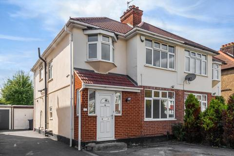 4 bedroom semi-detached house to rent - Oakleigh Avenue, Surbiton, KT6