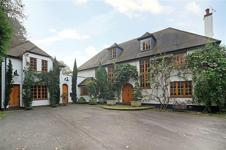 6 Bedrooms House for rent in Titlarks Hill, Sunningdale, Ascot, Berkshire, SL5