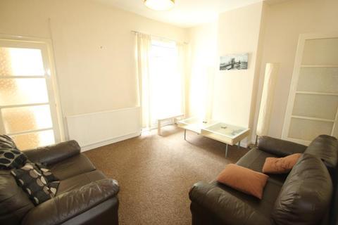 3 bedroom terraced house to rent - Gordon Road, Harborne, Birmingham, B17 9EY