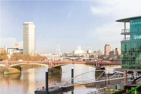 2 bedroom flat to rent - The Tower, 1 St George Wharf, London, SW8