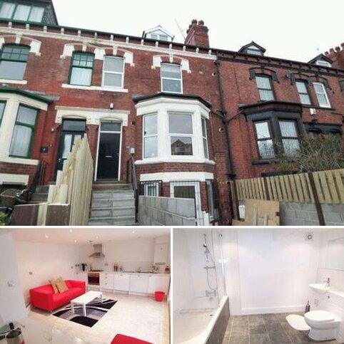 1 bedroom flat to rent - AVENUE CRESCENT, POTTERNEWTON, LS8 4HD